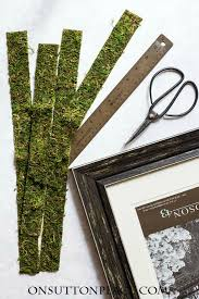make this diy fall woodland frame for your fall wall art or photographs natural elements