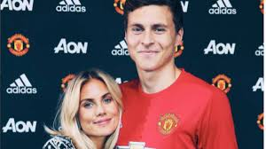 Victor Lindelof's Girlfriend Is Our New Favourite WAG - SPORTbible