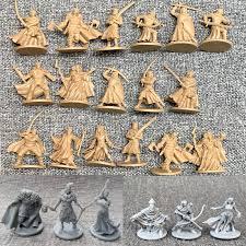 Los hay de todo tipo de temáticas y con mecánicas variadas. Lote De Miniaturas De Monstruos Y Zombies Para Juego De Rol Figuras Modelos De Juego De Guerra Accion Y Figuras De Juguete 1