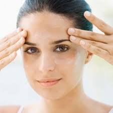 Natural face care home remedies
