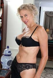 Mature woman seeking sex