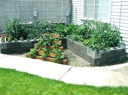 concrete block garden cinder blocks retaining wall blocks cinder block garden wall shapes of cinder block garden ideas cinder blocks concrete block garden