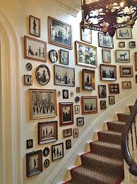 how to decorate a staircase wall the