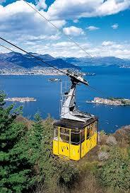 Lago maggiore is een prachtig meer dat italië en zwitserland verbindt. Storia Funivia Mottarone Funivia Stresa Alpino Mottarone
