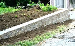 building a block wall on a slope retaining wall on a slope retaining wall stones building