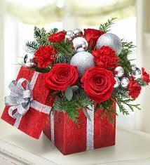 gorgeous Christmas floral arrangement | Christmassy Lovelieness | Pinterest  | Floral arrangement, Floral and Flower arrangements