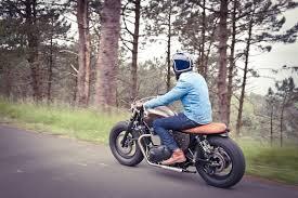bobber triumph bonneville by baak motocyclettes