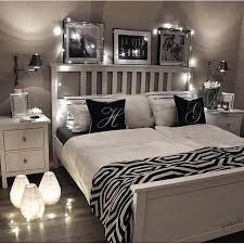 Black And White Bedroom Ideas Black White And Silver Bedroom Ideas 9 ...