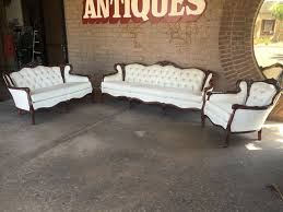 Beautiful Set Reproduction Victorian Furniture Sofa Loveseat