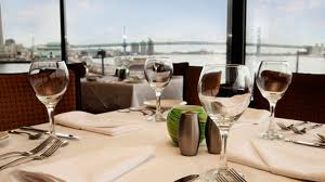 Chart House Philadelphia Pa Philadelphia Waterfront Seafood Restaurant Dining With A
