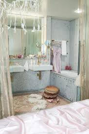 bathroom bazaar. I Am So Glad That It Is Coming To An End! Would Love Go Home And Soak In This Super Glam Tub! It\u0027s Perfectly Girly Yet Not Too Over The Top! It! Bathroom Bazaar O