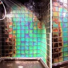 Moving Color: Temperature reactive tiles. Touch them, wash them, cool them  and