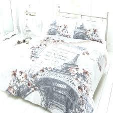 hollywood glam bedding shimmer wallpaper glamorous bedroom decor