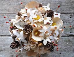 pine cones wood and corn husk flowers bouquet