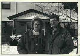 1993 Noreen and David Hamm, Green Bay, Wisconsin - Historic Images