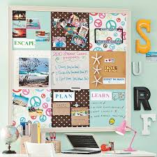 21 wall decor for dorms 20 cool college dorm room ideas house design and decor mcnettimages com