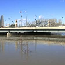East Grand Forks Light And Water As Minn Braces For Fierce Winter Storm Red River Continues
