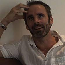 Paul Cleave est né à Christchurch, Nouvelle-Zélande, en 1974. Un père idéal est son second roman publié en France. Retranscription d'une recontre avec Paul ... - 54
