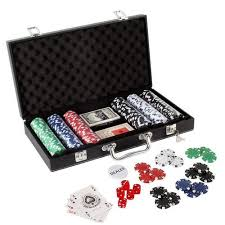 Scroll chips are based on old royal theme designed for a classy and elegant experience. Casino Poker Set 200 Coins Poker Set Wholesale Trader From Hyderabad