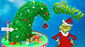 GRINCH Christmas Tree Cake (How the Grinch Stole Christmas Cake) - YouTube