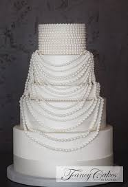 Speakeasy Cake With Strands Of Fondant Pearls Fancy Cakes By Lauren