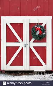 red and white barn doors. Christmas Wreath On Barn Door In Floyds Knobs, Indiana - Stock Image Red And White Doors M