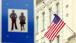 Reduced staff at their embassy to a minimum in response. Rh2hjlywub3nfm