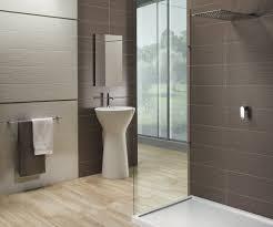 Badezimmer Fliesen Braun Hypnotisierend Badezimmer Fliesen Creme ...