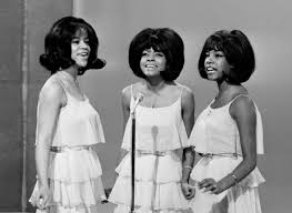 She gained worldwide recognition as a founding member of the supremes. Gozc7akzmnn Sm