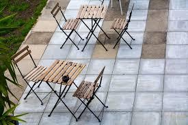 Biete hier einige waschbetonplatten, 30x30cm werden noch aufgenommen. Terrassenplatten Reinigen Heimhelden