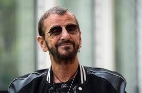Johan Derksen haalt Ringo Starr naar ...