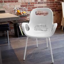 umbra  karim rashid  white oh chair outdoor  panik design