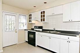 Kitchen Backsplash Ideas White Cabinets Black Countertops How To Diy
