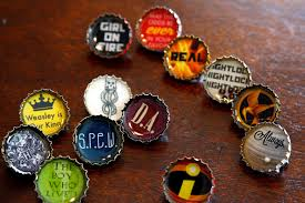 resin bottle cap pins tutorial with harry potter and hunger printable rae ramblings