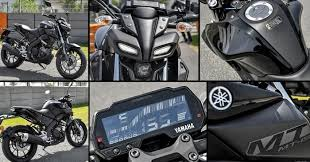 Live Photos Of Yamaha Mt 15 The Street Version Of R15 V3