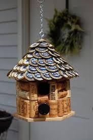 Diy Birdhouse Best 25 Diy Bird Feeder Ideas On Pinterest Diy Birdhouse Bird