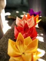 How To Make Big Lotus Flower From Paper Over 75 Free Paper Flower Instructions At Allcrafts