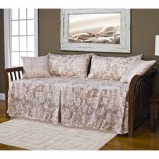 full size of bedspreads comfortable daybed bedspreads covered daybed solid daybed covers what size comforter