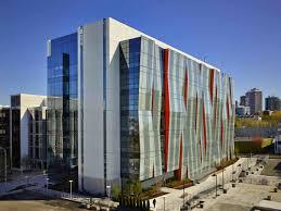 Glass facade design office building Jinkazamah Perkinswill Completes Uw School Of Medicine With An Undulating Glass Facade Inhabitat Perkinswill Completes Uw School Of Medicine With An Undulating