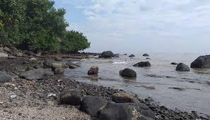 Hal tersebut dapat dilihat melalui keindahan panorama alamnya. Wisata Pantai Batang Dengan Pemandangan Menakjubkan Sanjaya Tour