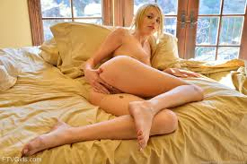 Shaved Teen Young Gorgeous Horny Blonde Babe Blake Bartelli with.