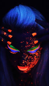 the last party i went to with a blacklight someone at the door drew on my face with a yellow and orange highlighter