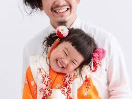 2年かけて娘と同じ髪型にした父親 七五三の写真に見ているだけで幸せ