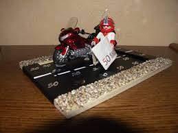 Ein Geldgeschenk Für Ein Motorrad