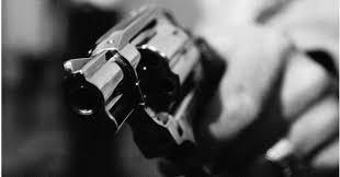 Resultado de imagen para imagenes de armas disparando