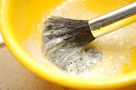 vinegar and water do not soak there are some pins on that tell you to soak for 15 20 minutes this is a bad idea as it can ruin your brushes