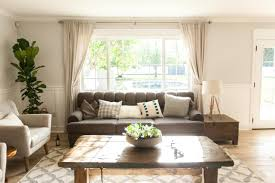 Window For Living Room Find Out What A Picture Window Is And How To Decorate It Diy