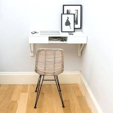 urbansize floating beech desk 324 when you ve got a small space clean lines and a lean footprint are just as important as wall mounting