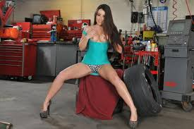 Lola Foxx gets her Pussy worked on at the Garage 1 of 2