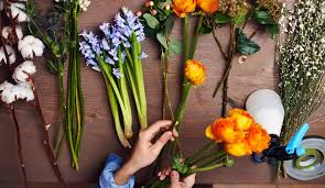 history of floral design powerpoint online course floral arrangement 101 learn to arrange flowers